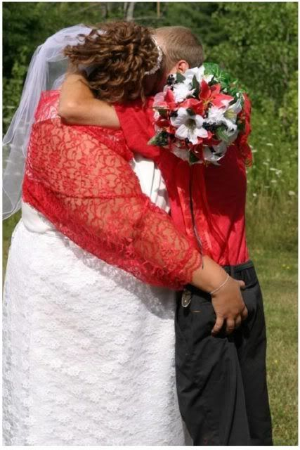 AWFUL WEDDING DRESSES !! Having looked at all the beautiful… - Fashion Police Files