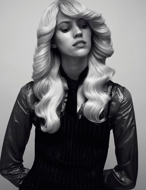 Devon Windsor Dons 70s Fashions for the Pages of Wonderland Magazine #70s #fashion trendhunter.com