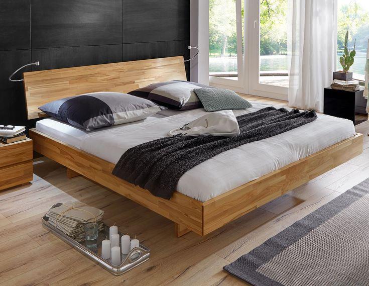Holzbett rustikal hoch  Rustikales Bett mit praktischem Stauraum. #bett #industrial ...