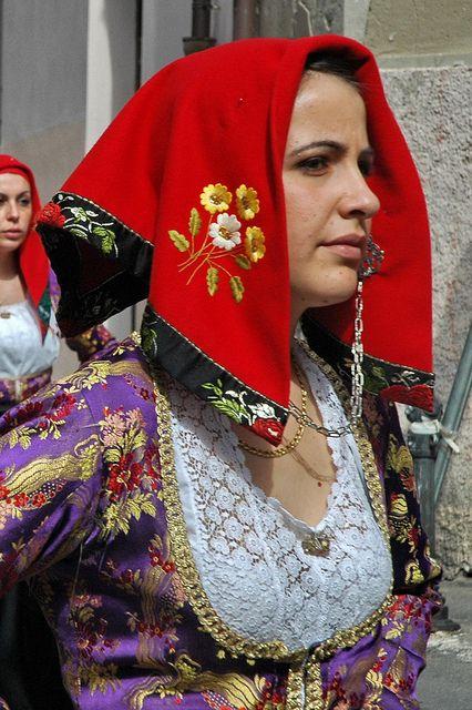 Traditional dress of Baunei, #Ogliastra #Sardinia