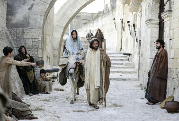 Keisha Castle-Hughes/Mary & Oscar Isaac/ Joseph - The Nativity Story (2006)