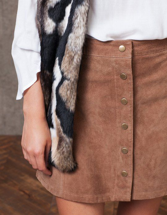 Peccary skirt with buttons - SKIRTS - WOMAN | Stradivarius Croatia