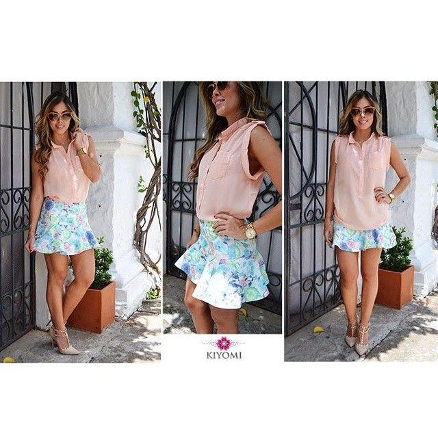 Falda estampada en tonos pastel y camisa en algodón