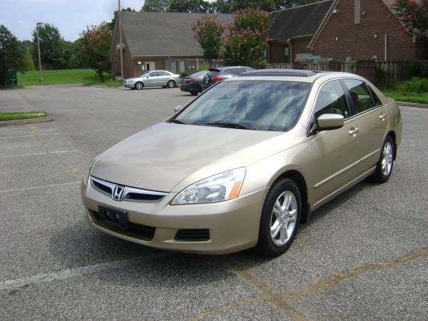 2007 Honda Accord EX  175K  $4,900 - 10/24/16  kbb GC $4,976  http://www.kbb.com/honda/accord/2007/ex-sedan-4d/?vehicleid=83834&intent=trade-in-sell&mileage=175000&pricetype=private-party&condition=good