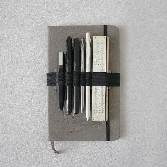 DESCRIPTION Elastic Band with Felt, pen holder, pencil case, perfect for A5 like Moleskine, Agenda, Diary, Notebook, Cahier, Journal... Designed cut