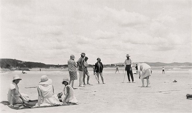 Playing clock golf at Clarkes Beach circa 1925 (Arthur Hackett)