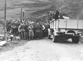 Surrender of the fascist garrison - Pontechianale, Piedmont, 1945