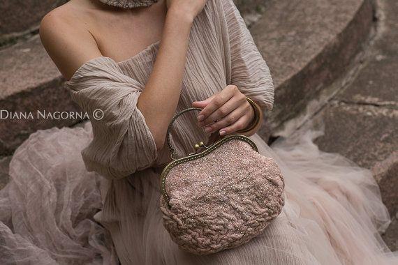 """Kleine handtas """"Suiker of rose"""" Felted handtas, kleine handtas, bruids beurs, de elegante, roze handtas handtas, mode handtas, handgemaakte"""