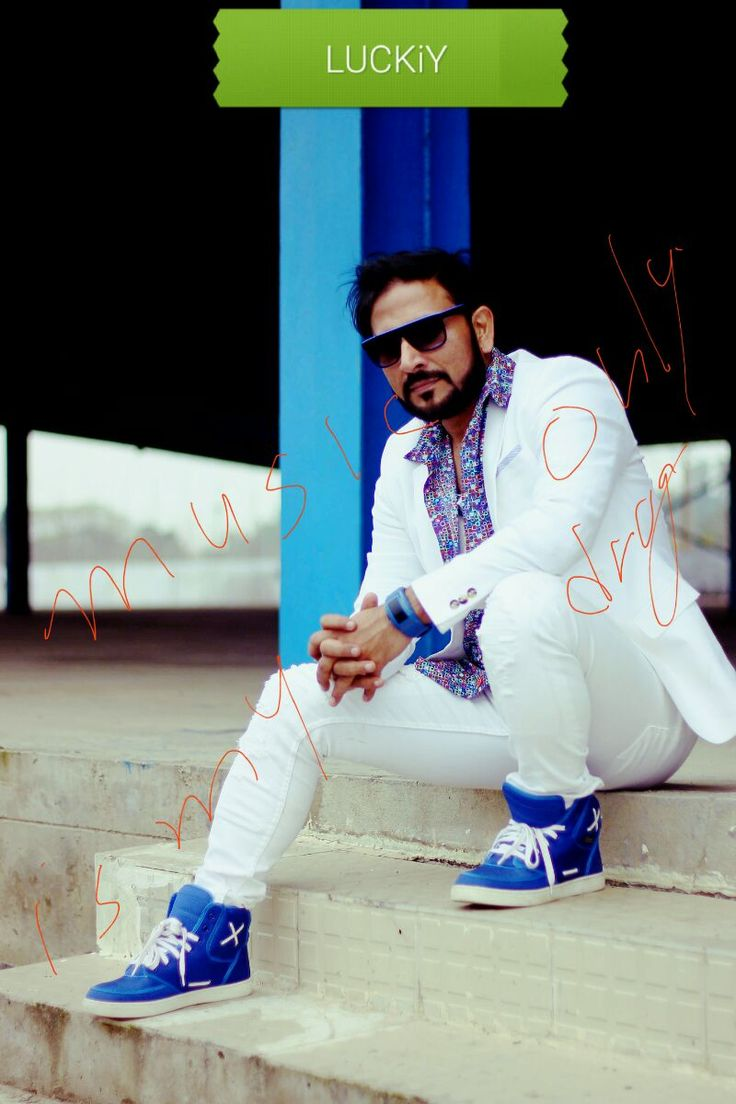 #Music is my only DRUG #LUCKiY #fashion #entertainment #Punjabi #bollywood #LUCK iY #AKKHCRAZY #MusicShuru