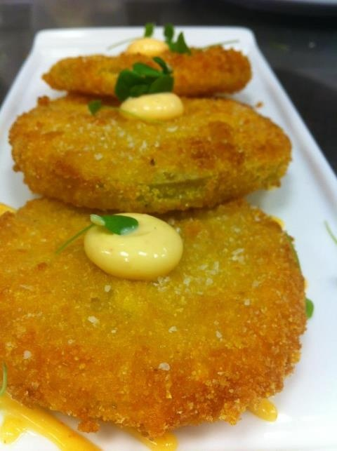 ... like this: fried green tomatoes , fried green and green tomatoes