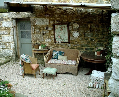courtyard at Trevoole Farm, Cornwall...photograph by Christine at The Sea Garden