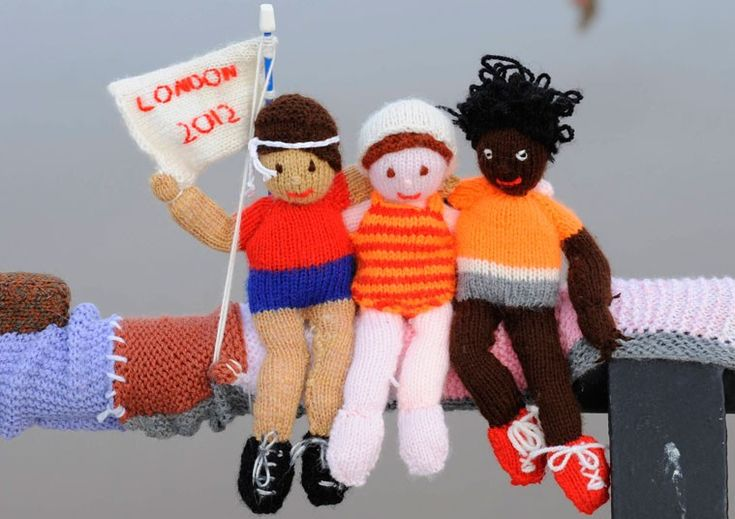 Olympic-themed knitted figures