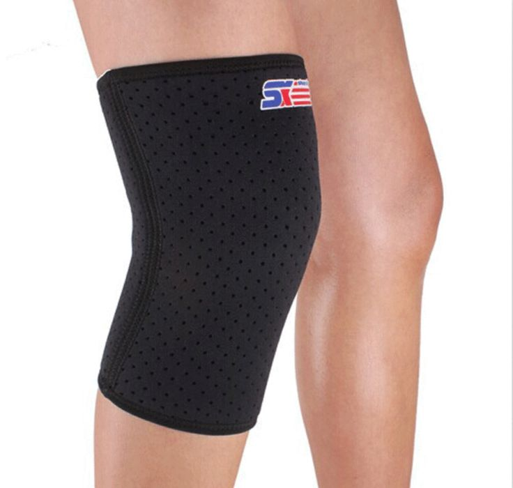 Compression sleeve for knee