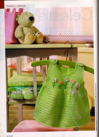 Prendas y accesorios para bebés en crochet