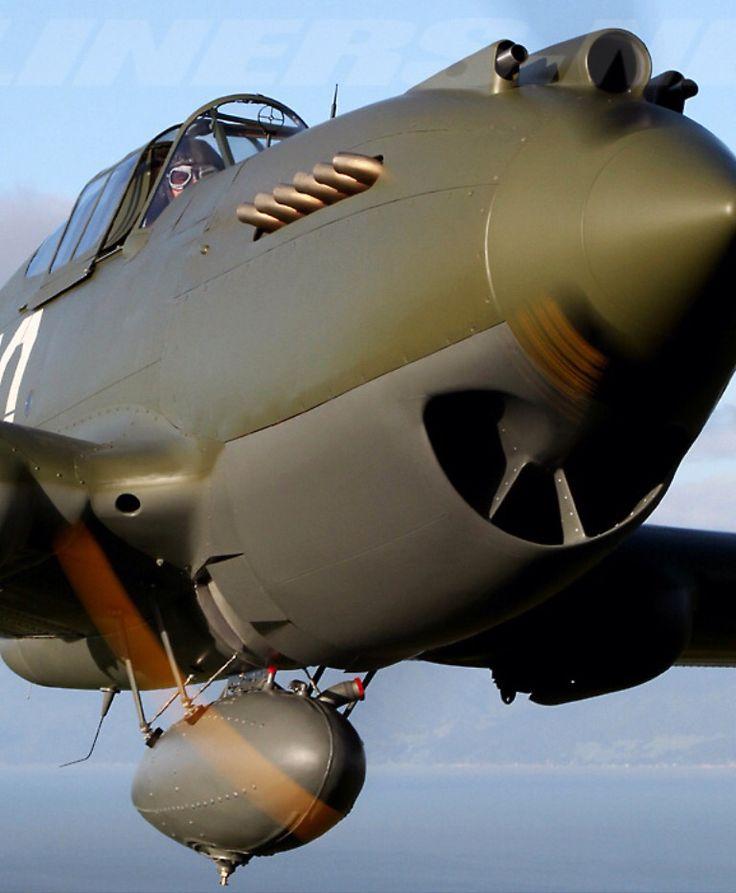 "Curtiss P-40 C ""Warhawk"""