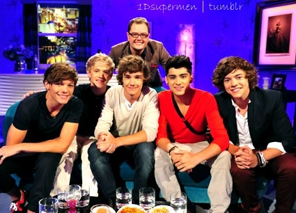 One Direction @ Alan Carr. Best interview.  cats;). Madison's Avenue. Harry's mom. Niall's yeah buddy-ing. laser quest. Louis getting pulled over for going to slow. win.
