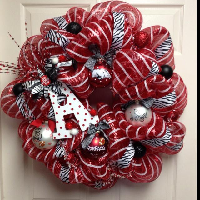 Arkansas Razorback Wreath  By: Heidi Reddell hmrobinson7@yahoo.com
