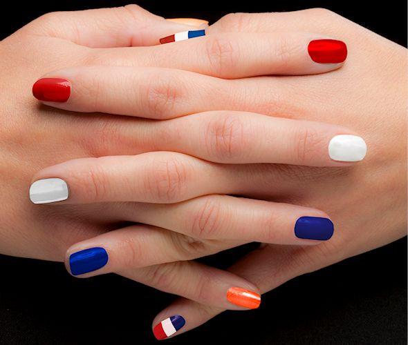 Prachtige nagels en mooie, verzorgde handen. Zou ze onze heerlijke Handsome handcrème gebruiken?