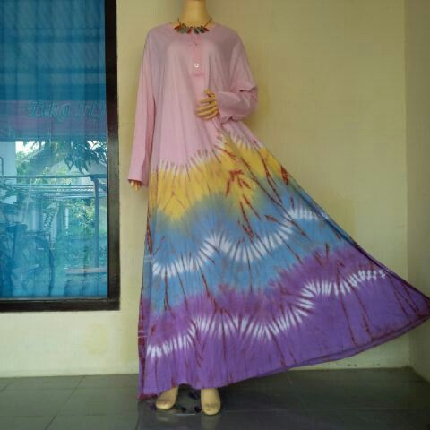 Dress Tiedye The Ocean  BIG SIZE..! All size fit to XXL, Chest Width 130cm Long 140cm  BB : 543CB281 Line : bulbulhijaz (b u l b u l h i j a z) ig : twins717olshop (trusted olshop)