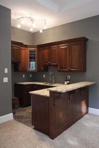 25 best ideas about small basement kitchen on pinterest for Small basement kitchen