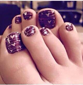So totally in love with these Valentines toes!!! And Jamberry Nail Wraps last up to two weeks on hands and six weeks on toes!