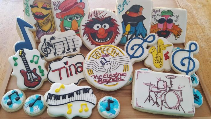 decorated sugar cookies Muppets Dr teeth electric mayhem zoot Janice sgt pepper music drums sax piano band