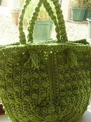 Lots of really pretty crochet fashion at this site (including this bag)!Crochet Purses Bags, Free Pattern, Crochet Bags, Crochet Pattern Free Bags, Free Crochet, Bobble Crochet Pattern, Summer Bags, Crochet Patterns, Bobble Bags