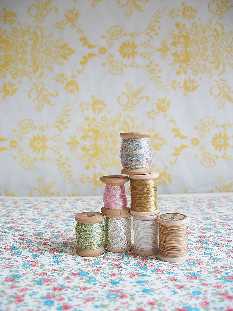 threadPhotos, Pastel, Sweets Thread, Colors, Sewing Thread, Pretty Things, Wooden Spools, Vintage Thread, Wood Spools
