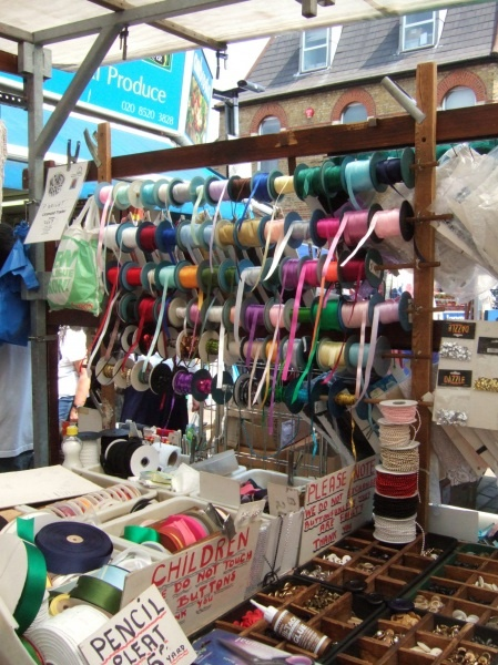 Walthamstow Fabric Shopping Did You Make That London Market Best Places In London Walthamstow