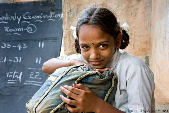 2000 – Zaštita prava dece u Indiji IKEA Grupa i UNICEF pokreću zajedničke programe u severnoj Indiji u cilju sprečavanja dečjeg rada.