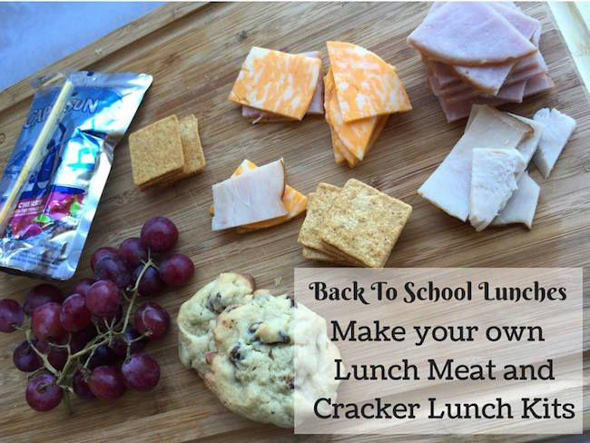 Kids get tired of eating sandwiches every day. This year give them a little variety. Today we have DIY Lunch Meat & Cracker Lunch Kits!