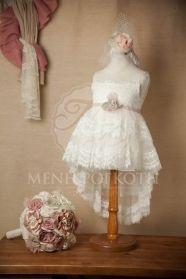 Μένη Ρογκότη - Βαπτιστικά ρούχα για κορίτσι με Γαλλική δαντέλα της Cat in the Hat