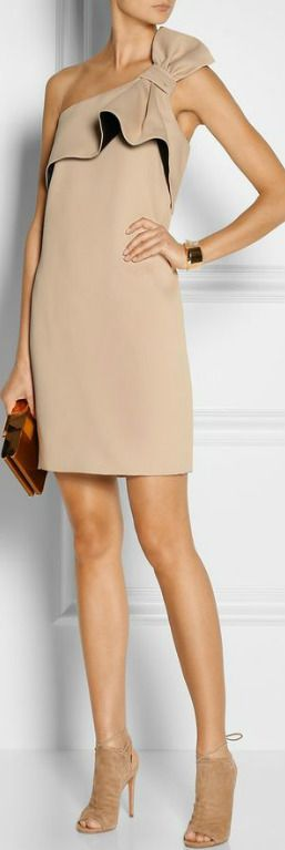 Halston Heritage dress, Chloé bracelet and ring, Aquazzura shoes, Lanvin clutch.