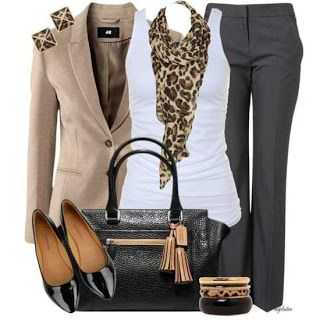 love the scarf with this business casual (and I say casual because of the tank top) outfit.