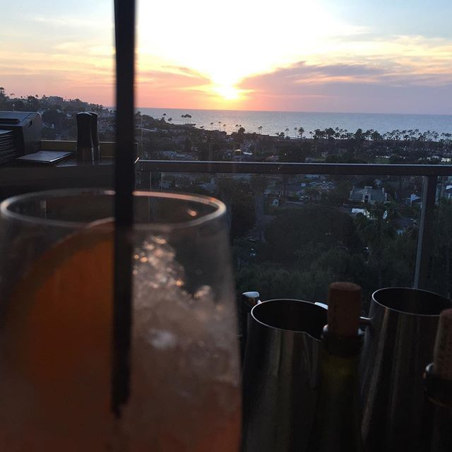 Amazing sunset tonight at this great spot overlooking the  #lajolla coast 😍#nofilterneeded . . . . . . . . . #instaplace #instamoments #sunset #socal #finedining #amazingview #cocktails #sundayfunday #weekends #weekendvibes #sandiegoliving #instaphoto #lajollalocals #sandiegoconnection #sdlocals - posted by Heather Sabitov  https://www.instagram.com/hsabitov. See more post on La Jolla at http://LaJollaLocals.com