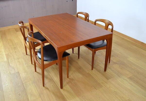 table de repas rectangulaire design