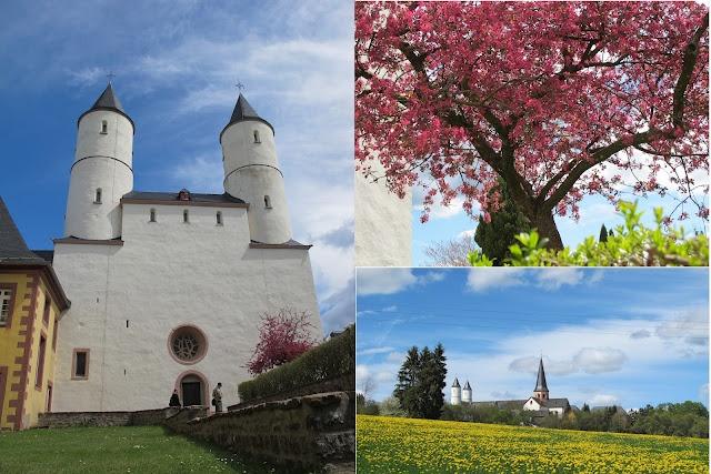 Kloster Steinfeld in der Eifel: Ausgangspunkt für eine schöne Bärlauchwanderung im Urfttal