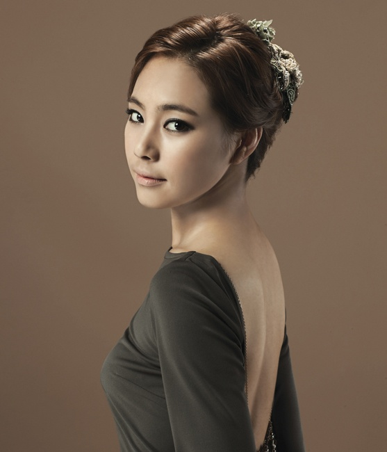 55 Best Korean Wedding Hair / Makeup Images On Pinterest | Wedding Hair Styles Wedding Hairdos ...