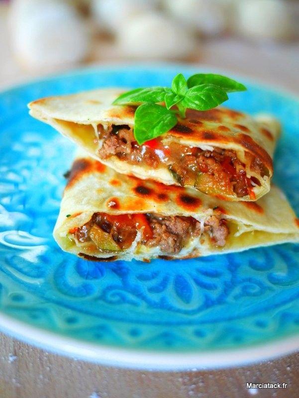 Une recette facile à faire de pain galette farci à varier selon vs envies : tout viande, tout légumes ou tout poisson