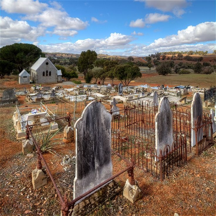 BA2741/100: St. Alban's Church graveyard, Marradong, 6 June 2011 http://purl.slwa.wa.gov.au/slwa_b4625297_4