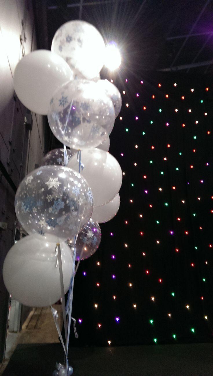 giant snowflake 3ft balloon floor arrangement