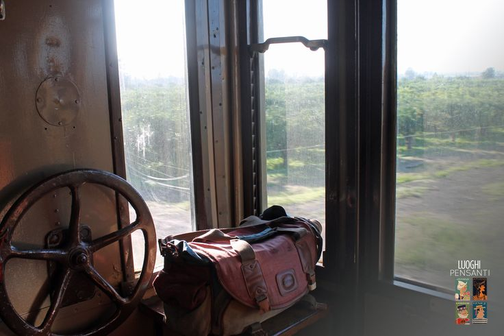 Travel with a suitcase - #ferroviekaos #ItaSontheRoad #LuoghiPensanti