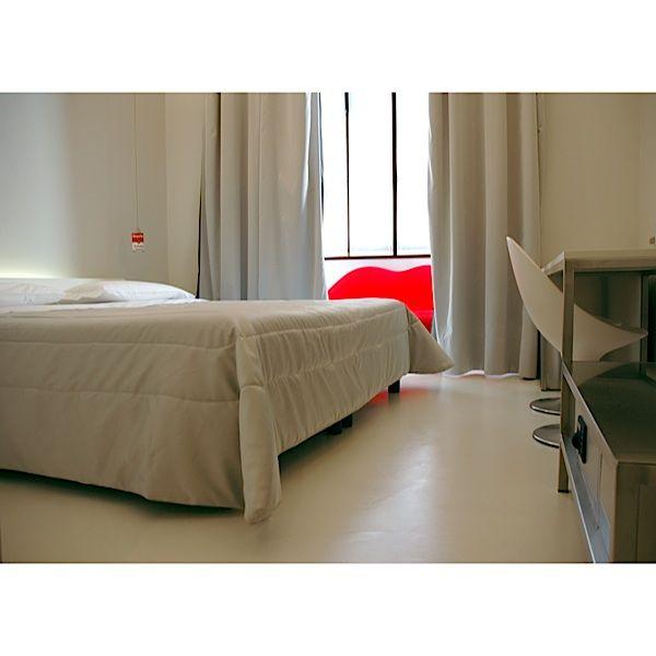 Salotto Con Camino Pietra Viva E Veranda Interior Design : Oltre idee ...