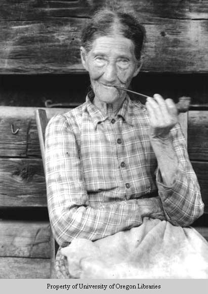 Aunt Sophie, Gatlinburg, Tennessee.....Doris Ulmann photo collection