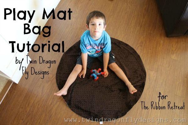 Play Mat Bag Tutorial - The Ribbon Retreat Blog -  TOTALLY want to make this!!