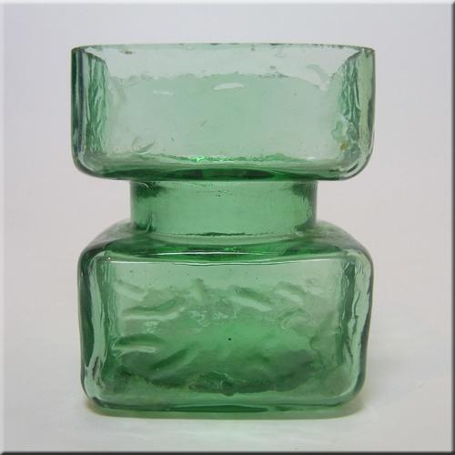 Riihimaki/Riihimaen Helena Tynell Green Glass Pala Vase