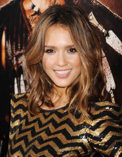 Resultados de la Búsqueda de imágenes de Google de http://bobhairstyles.tk/wp-content/uploads/2012/09/ombre-hair-fashion-polizei-500x641.jpg