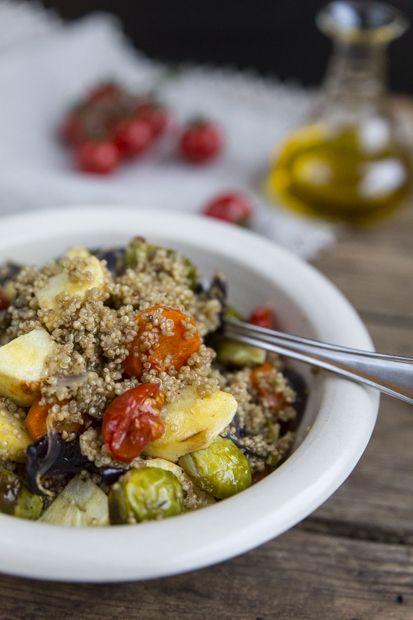 Kvinoa with roasted vegetables, http://www.jotainmaukasta.fi/2014/12/01/kvinoaa-ja-paahdettuja-juureksia/