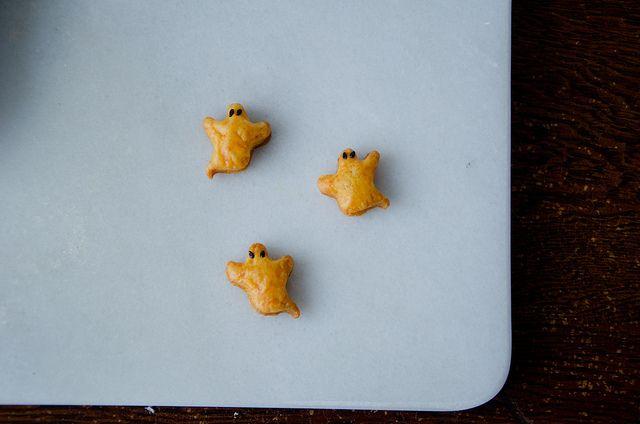 boo! by sassyradish, homemade cheese crackers