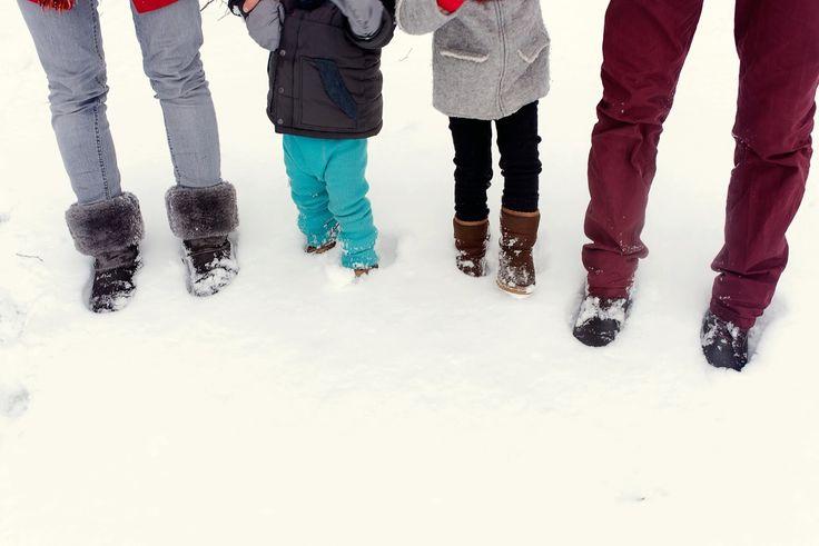 winter family time, winter kids, winter family photos, winter photo shooting, winter photos with kids, kids of winter, family photos, winter family shoes in snow, shoes in snow, winter fun